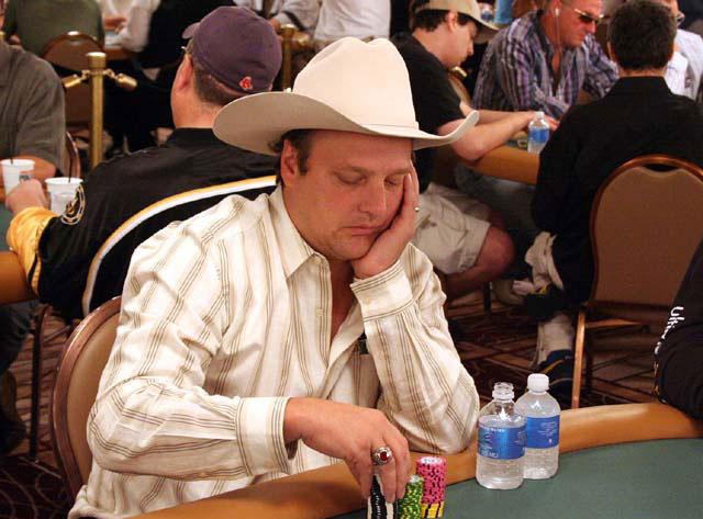 Biografie – Pokerspieler Kenna James